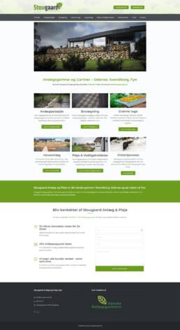 Et skærmbillede af forsidenfor stougaard anlægsgartners website